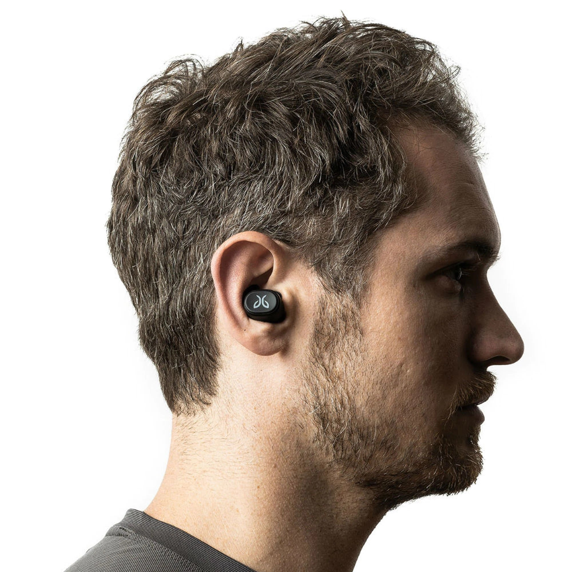 FIT - Locked In Sport Fit: three sizes of interchangeable, silicone eargels ensure a secure, ultra-comfortable fit that feels weightless in your ears during intense activity.
