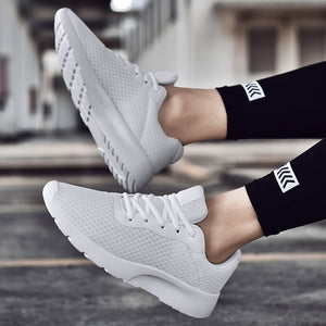 2019 Spring Summer Men Women Sneakers Lightweight Sport Shoes Black White Walking Jogging Shoes Big Size 35-47 Outdoor Trainers
