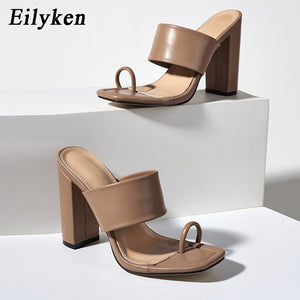 Eilyken 2021 New Design Clip Toe Narrow Band Female Slippers Outdoor Fashion Block Heels Sandals For Women Slides Summer Shoes