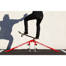 Load image into Gallery viewer, Freshpark Ultimate Grind Rail