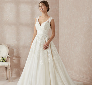 Ballgown-Inspired Lace Platinum Wedding Gown In Ivory Ivory