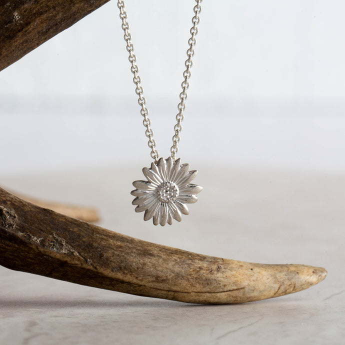 Daisy for Happiness - Always Flowers Collection-Always Flowers-[recycled]-[fair trade]-Mosami-ethical-fairtrade-mindful-conscious-ecofriendly-recycled