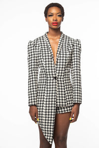 HOUNDSTOOTH LACE-UP BACK BLAZER