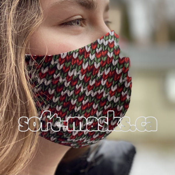 Cable Knit Red & Green Mask
