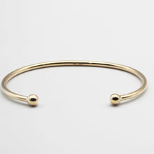 Load image into Gallery viewer, 9k GOLD maiden torque bangle