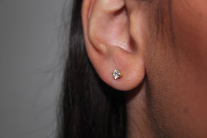 DIAMOND claw set stud earrings