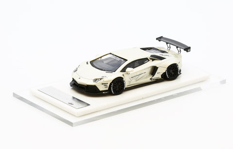 1/64 Liberty Walk LB Performance Aventador LB700 (Pearl White)