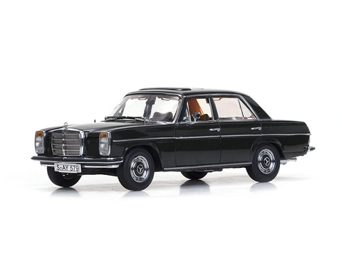 1/18 SUN STAR 4579 Mercedes-Benz Strich 8 Saloon-Dunkeloive