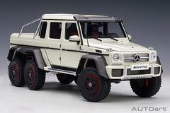 1/18 AUTOART 76307 Mercedes-Benz G63 AMG 6x6 (Designo Diamond White)