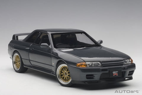 1/18 AUTOART 77418 NISSAN SKYLINE GT-R (R32) V-SPEC II TUNED VERSION (MATT BLACK)