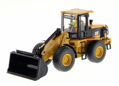 1/50 Diecast Masters 85057 Caterpillar CAT 924G Versalink Wheel Loader