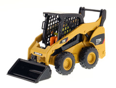 1/32 Diecast Masters 85167 Caterpillar CAT 272C Skid Steer Loader