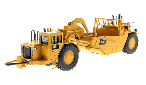 1/50 Diecast Masters 85175 Caterpillar CAT 657G Wheel Tractor Scraper