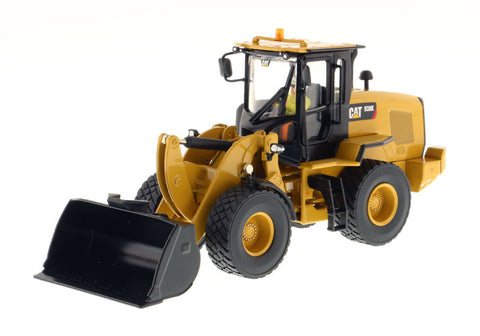 1/50 Diecast Masters 85228 Caterpillar CAT 938K Wheel Loader