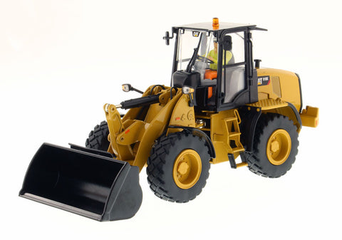 Diecast Masters 85294 1/32 Caterpillar CAT 910K Wheel Loader