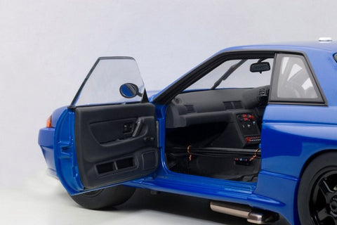 1/18 AUTOART 89281 NISSAN SKYLINE GTR (R32) AUSTRALIAN BATHURST RACE 1992 PLAIN COLOR VERSION (BLUE/BLACK)