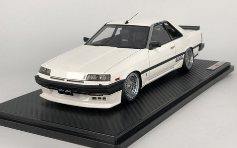 1:18 Ignition Model IG0994 Nissan Skyline 2000 RS-X Turbo-C (R30) White