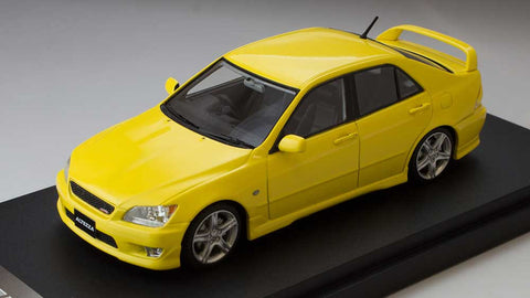 1/43 MARK 43 - Toyota Altezza RS 200 (sports version) Yellow (PM4343Y)