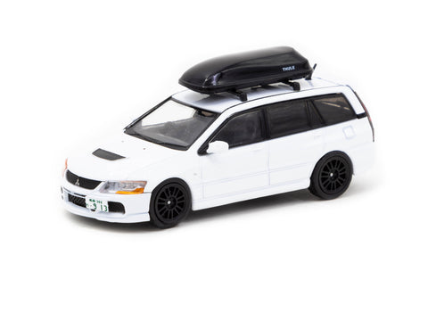 1/64 Tarmac T64R-042-WH Mitsubishi Lancer Evolution Wagon with Detached Rooftop Cargo Carrier White
