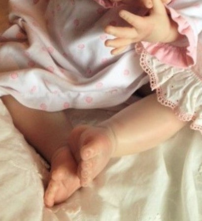 Reborn Believable Babies - Baby Girl Raine - Doll Therapy for People with Alzheimer's