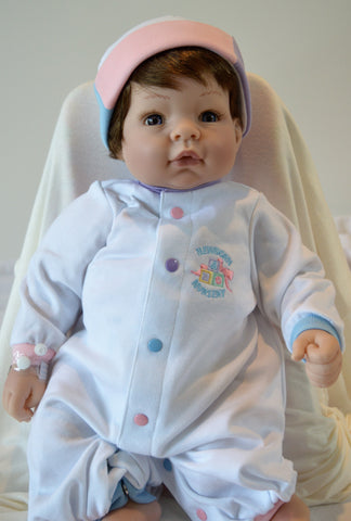 "Madame Alexander's ""Munchkin"" Baby with BONUS OUTFIT- Doll Therapy for People with Alzheimer's and Caregivers"