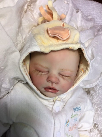 Reborn Believable Babies - Sleeping Baby Girl Samantha - Doll Therapy for People with Alzheimer's