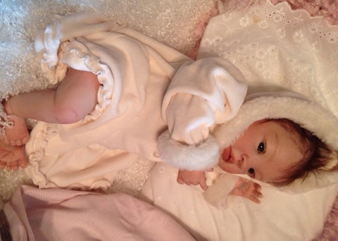 Reborn Believable Babies - Baby Girl Shyann - Doll Therapy for People with Alzheimer's