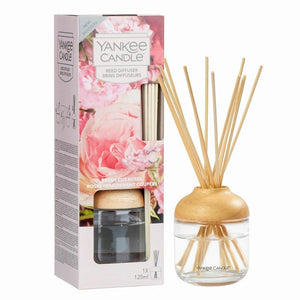 Yankee Candle Fresh Cut Roses Reed Diffuser - lovearomameadowhall