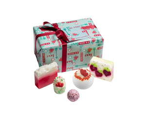 Bomb Cosmetics Be Mine Gift Set - lovearomameadowhall