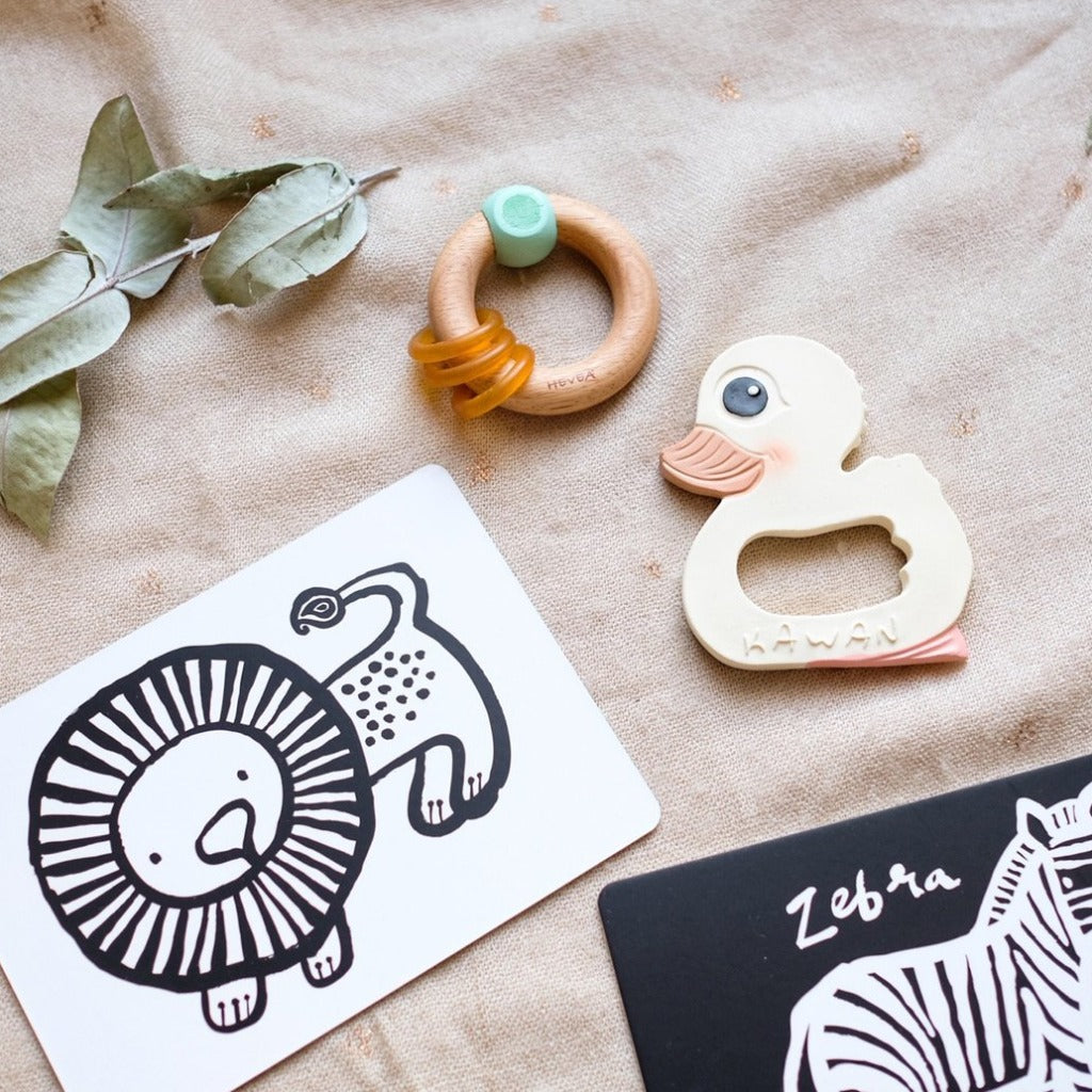 Kawan Teether & Rubberwood Rattle Gift Set | Hevea