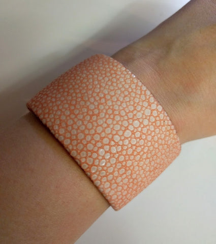 "Miracles by Annelien Coorevits ""Temptation collection"" - Armband Julia Ray Fish Pink - Luxedy - 2"