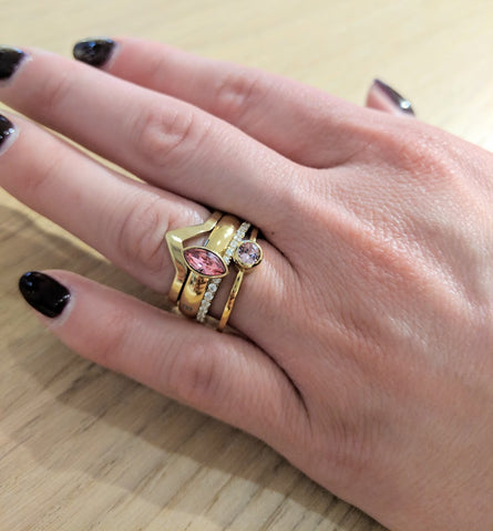 Melano - Ring Friends Pointed Goud