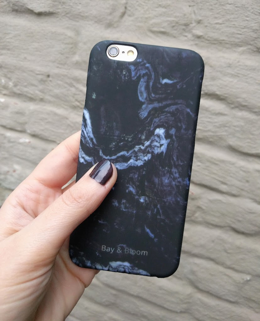 Bay & Bloom iPhone cover - Dark Blue Marble (iPhone 5 & 6) - Luxedy - 2