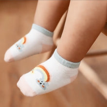Load image into Gallery viewer, Rainbow Baby Socks