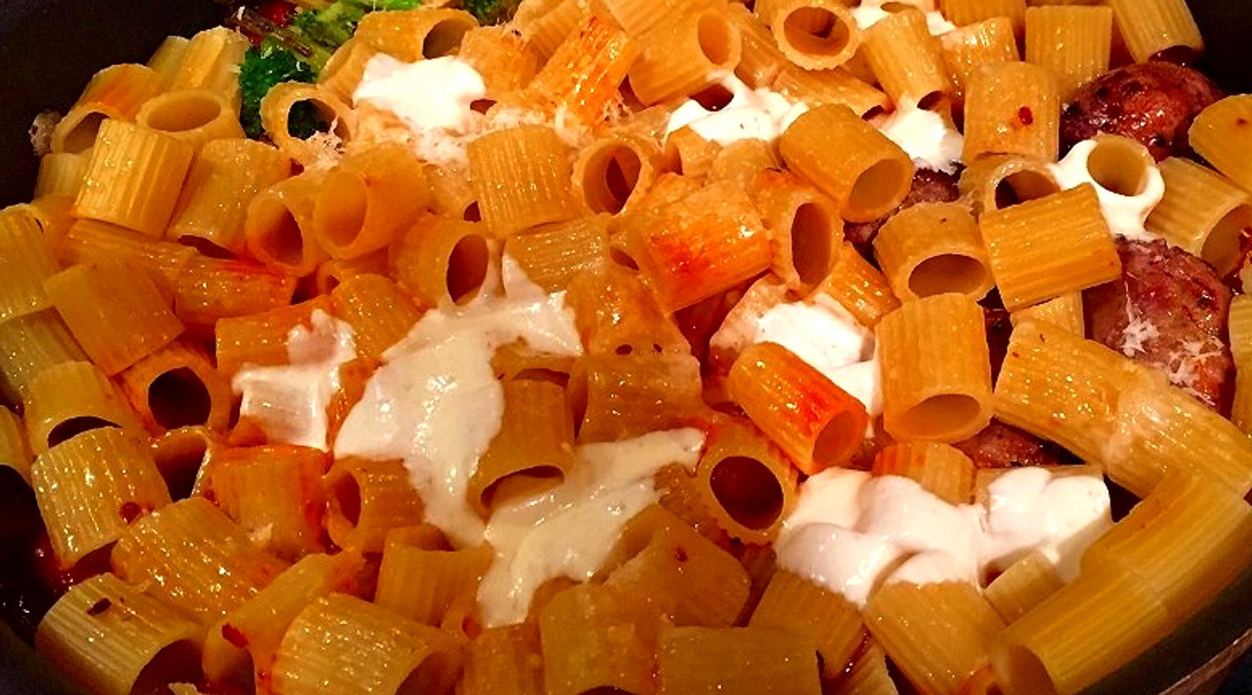Baked Rigatoni with Roasted Peppers & Olives