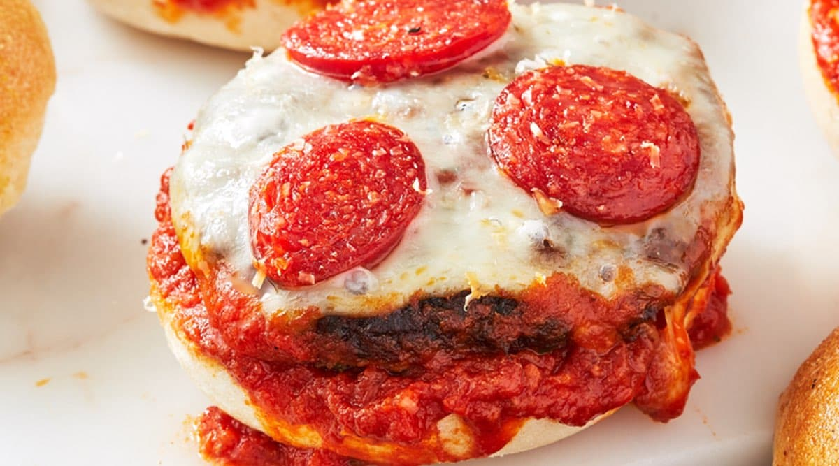 Simple Pizza Burger