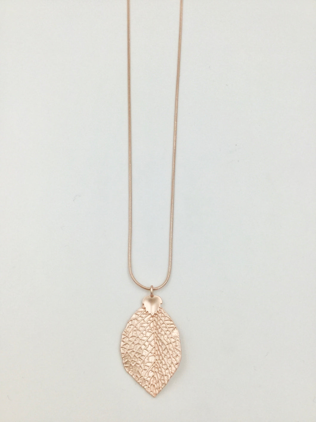 Long Necklace with Leaf Pendant in Two Colours