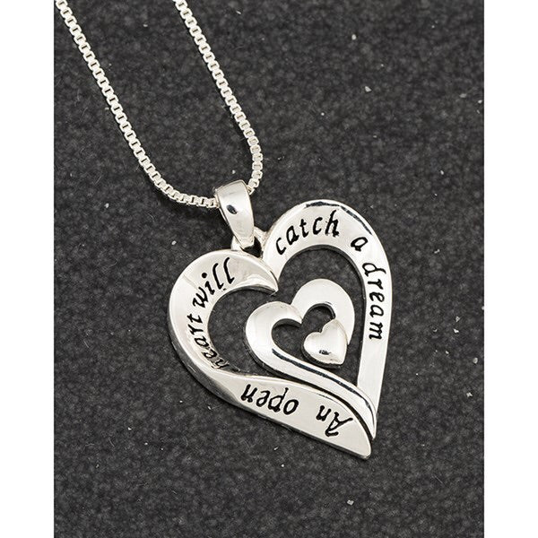 Sentiment Twisted Heart Necklace - wording - An Open Heart will Catch a Dream