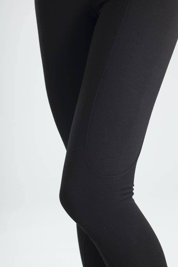 Svelte riding tight ankle black detail