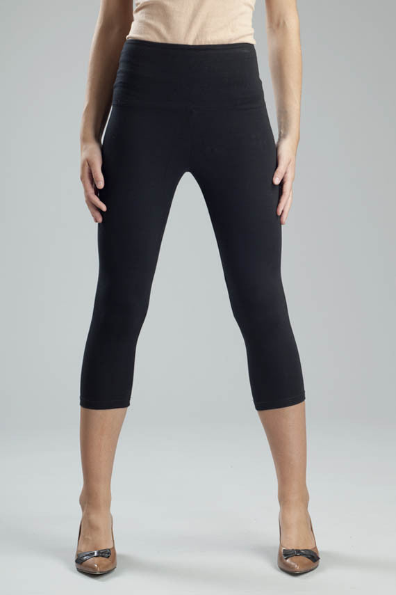 Svelte basic capris black waist panel