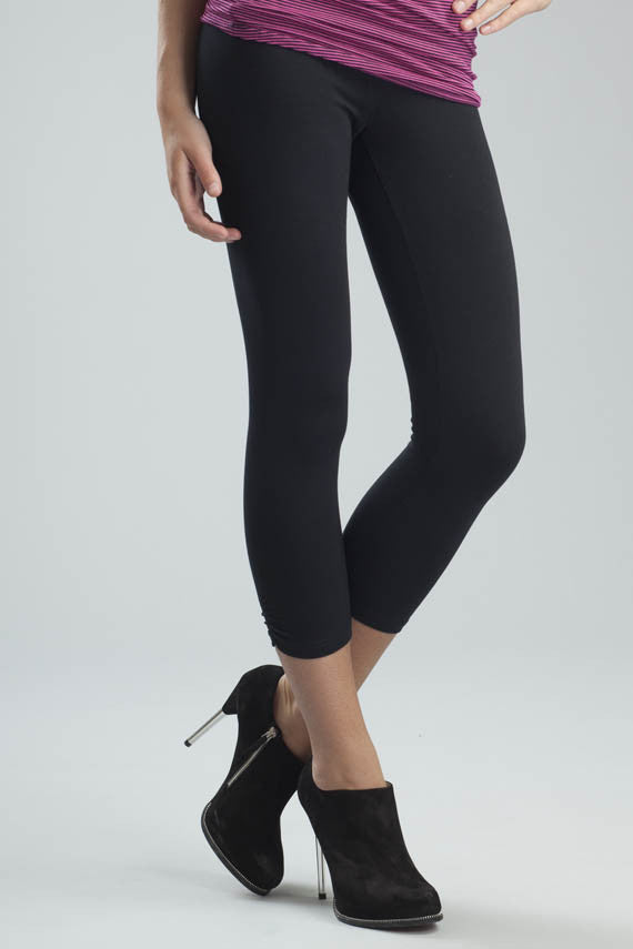 Svelte ruched capri black