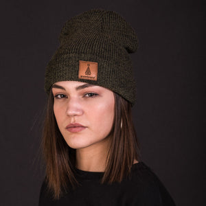 Brown-leather-label beanie (colors available)
