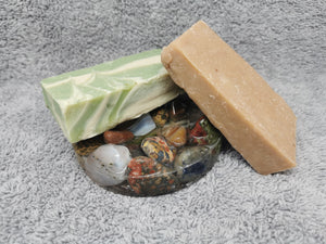 Just Moo Bathroom Gift Set with Round Tumble Gem Soap Dish