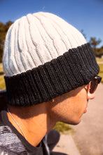 Load image into Gallery viewer, Reversible Alpaca Beanie