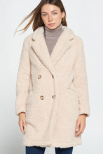 Load image into Gallery viewer, Loose fit Sherpa Fuzzy Coat