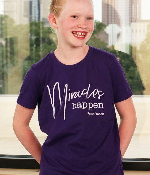Miracles Happen. Pope Francis Youth T-shirt