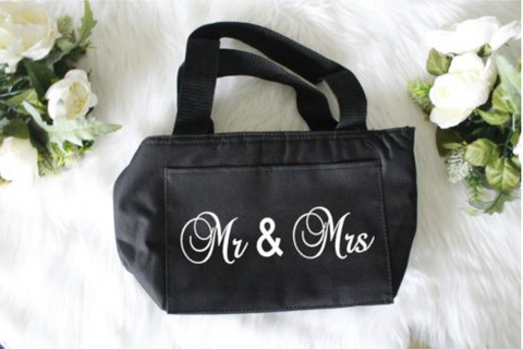 WEDDING GIFT IDEAS | Mr and Mrs Couple's Gift Box | Gifts for Couples - Mr & Mrs Cooler Bag