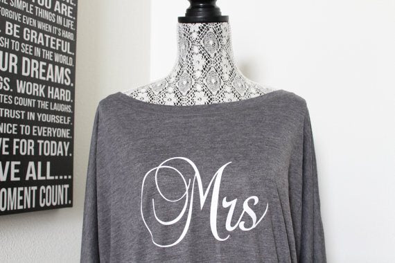 Mrs Off the shoulder shirt