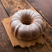 Load image into Gallery viewer, Whole Pound Cake