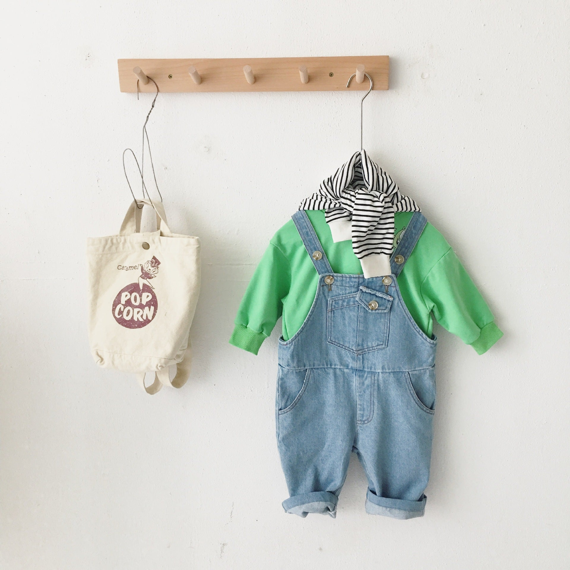 Unisex childrens Jeans Dungarees
